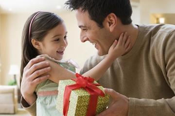 Cách chọn quà sinh nhật cho bố thể hiện lòng biết ơn công nuôi dưỡng sinh thành