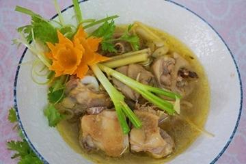 Cách nấu gà hầm sả thơm ngon đậm đà