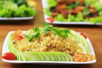 Đổi vị cơm chiên cá mặn món ăn lạ miệng, bổ dưỡng tăng cường sức đề kháng